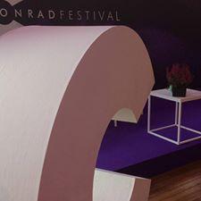 conrad 2017 stolik dla gości