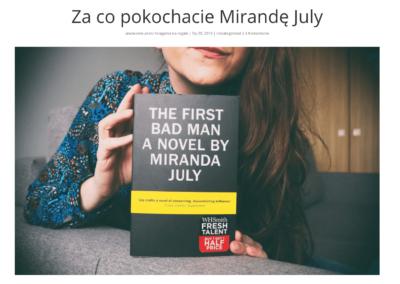 """Księgarka na regale o tym, """"Za co pokochacie Mirandę July"""""""
